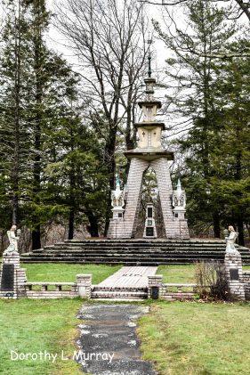 Lithuanian Shrine DLM-0006