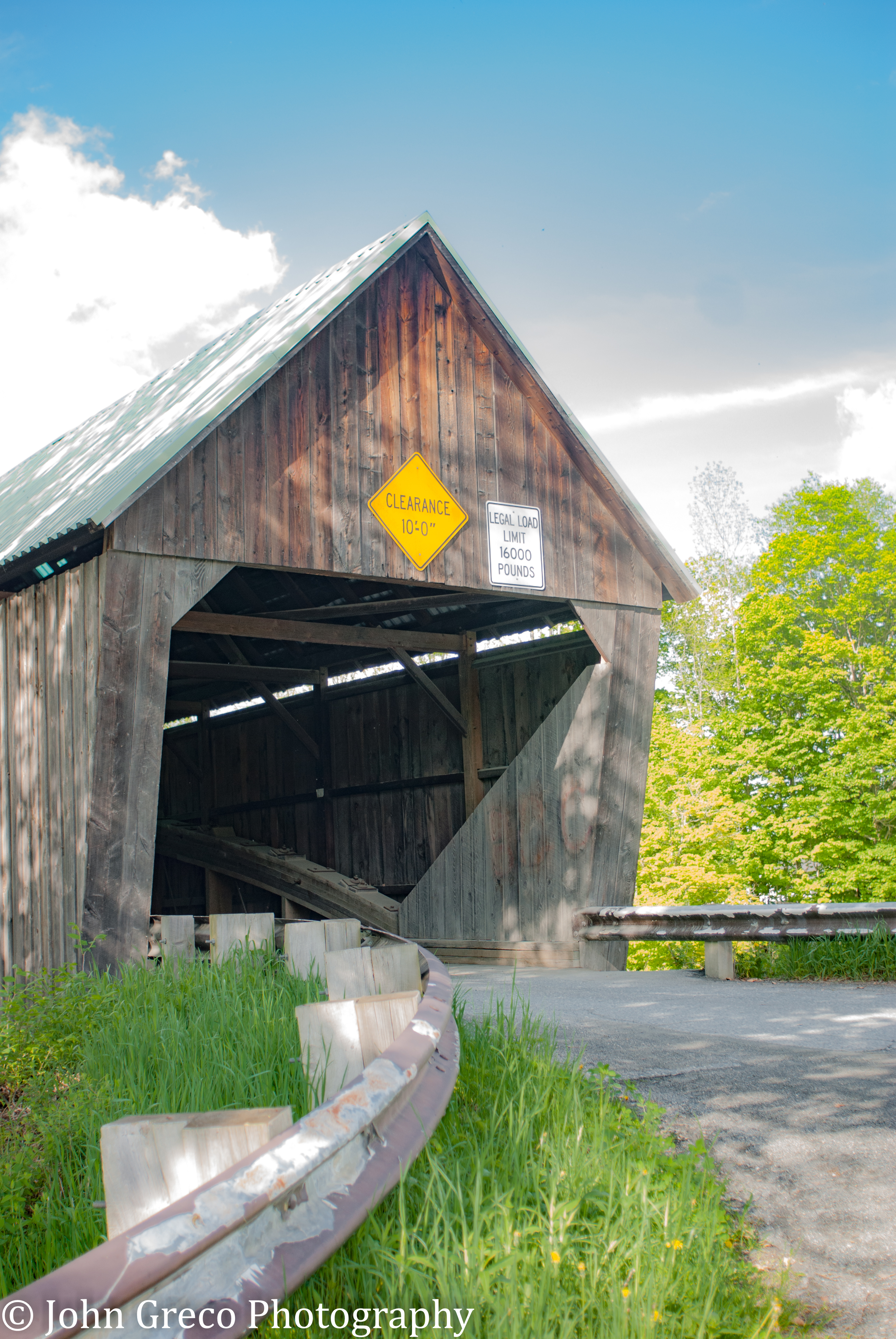 Bridgewater Vt Covered Bridge - Redonc CW-