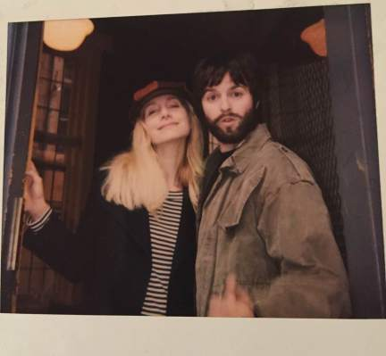 The_Linda_McCartney_Story_set_Elizabeth_Mitchell_01