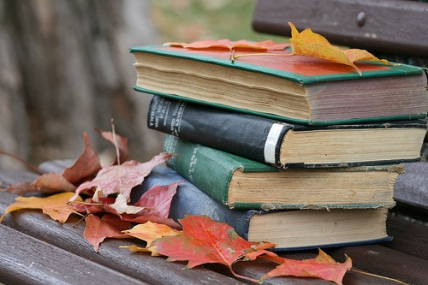 autumn-books-cozy-fall-favim-com-2078854